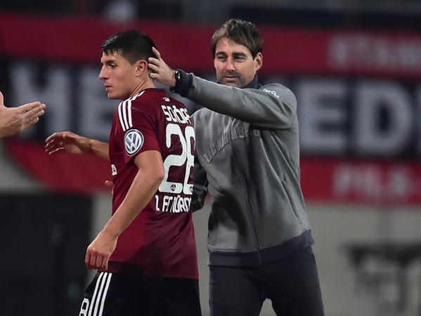 Servus Schöpfi: Seinen Kreativdirektor musste Weiler im Winter nach Schalke ziehen lassen.