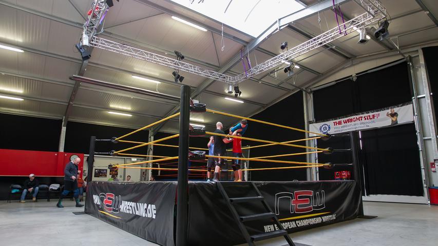 Wrestling-Training mit Alex Wright in seiner Halle in Hessdorf (Landkreis Erlangen-Hoechstadt)..Foto: (c) RALF ROEDEL / NN