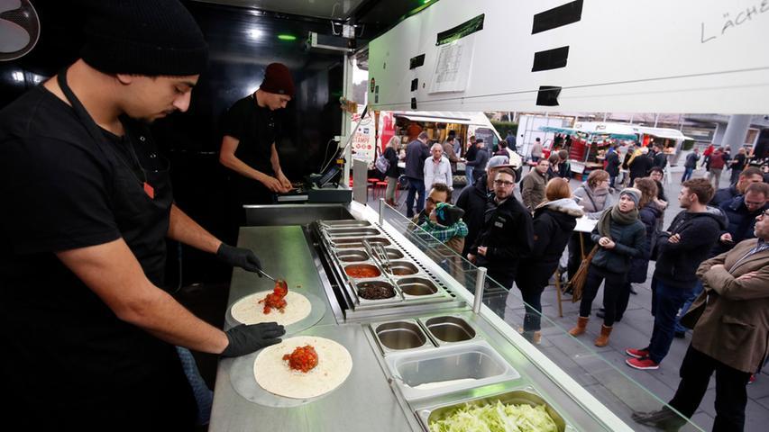 Nuernberg , 13.12.2015..Ressort: Lokales Fotografie: Stefan Hippel..Messe  Nuernberg , Street Food Market , Bijan von der Burritoband..