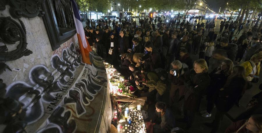Terroranschläge in Paris: tiefe Trauer auch in Les Sables