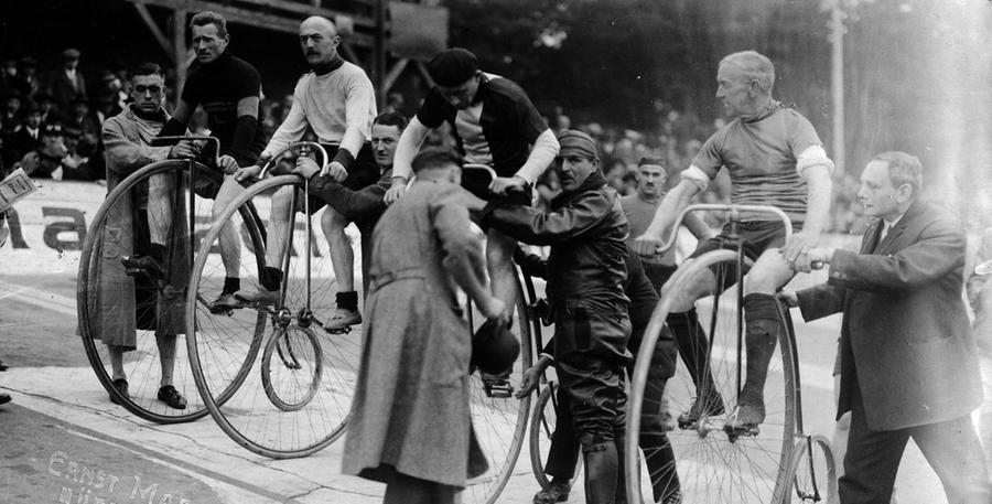 Vor dem 1. Weltkrieg starteten die Rad-Asse auf Hochrädern auf der Nürnberger Bahn.