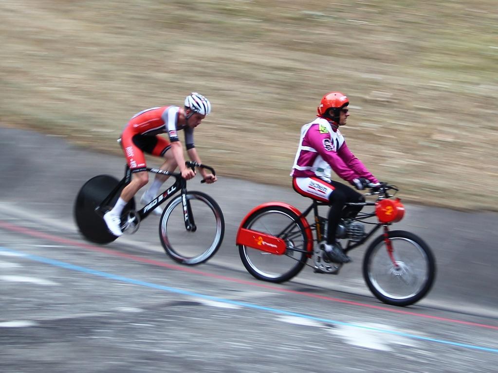 08.08.2015 --- Radsport --- Saison 2015 --- Deutsche Derny Meisterschaft ---  Foto: Sport-/Pressefoto Wolfgang Zink / MaWi --- ....Franz Schiewer / Gerd  Gessler ( / Bielefeld)