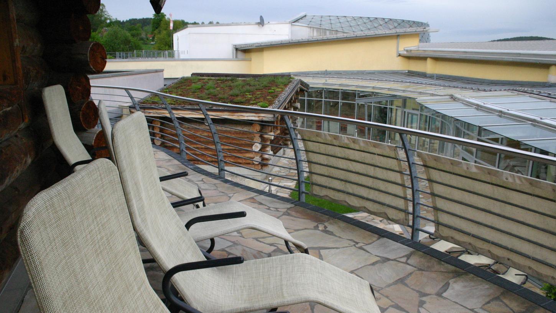 Im Flachdachbereich und im Saunaumfeld soll die Gastronomie mit Millionenaufwand gestärkt werden.