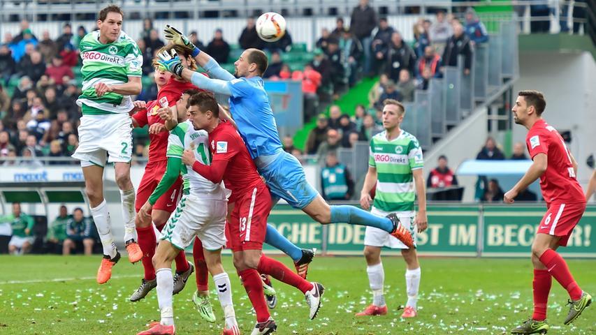 Erst fad, dann dramatisch: Kleeblatt unterliegt Leipzig