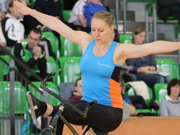 Milena Slupina vereint beim Kunstradfahren Akrobatik und Kraft auf wunderbare Weise.