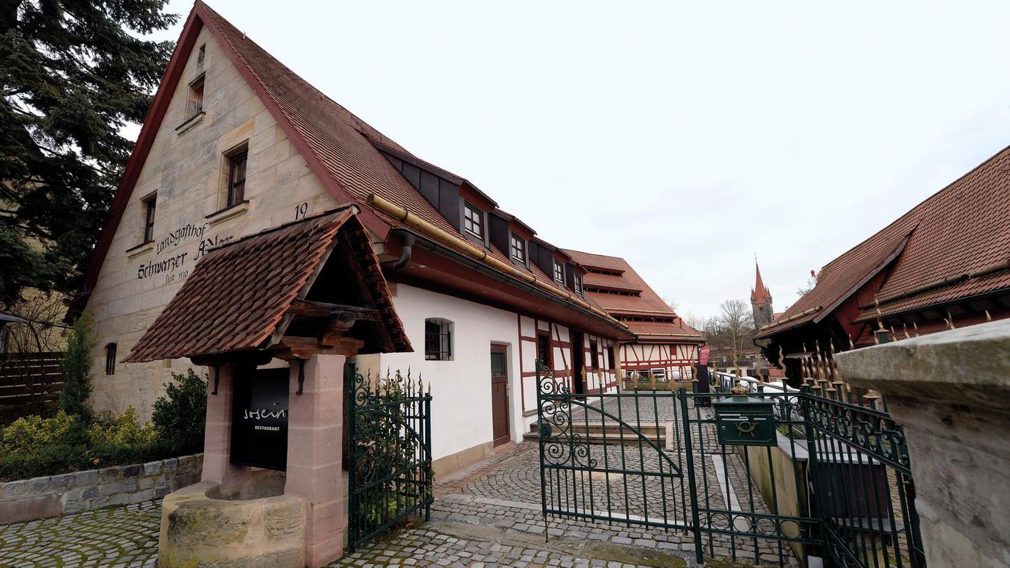 Erlangen: Besuch im Restaurant SoSein in Heroldsberg, wo Felix Schneider  Küchenchef und Dominik Altenkamp Restaurantchef ist. 03.12.2015. Foto: Harald  Sippel