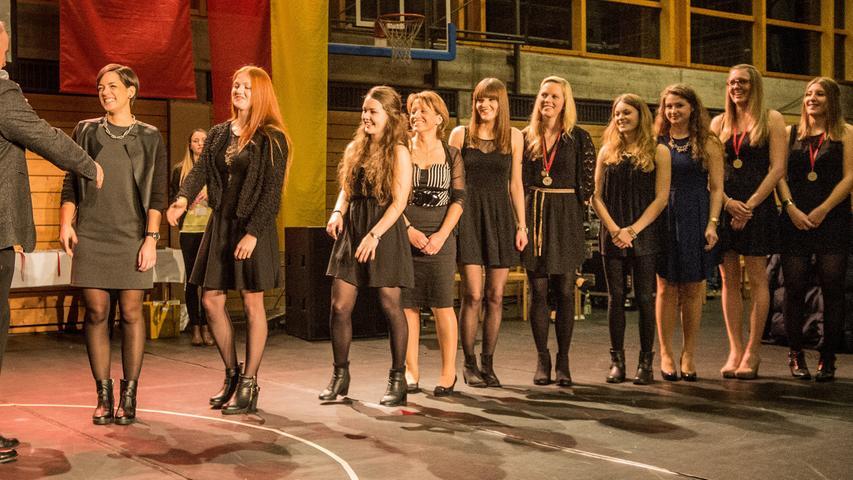 Die Handball-Damen der SG Schwabach/Roth durften sich auf dem 2. Platz bei den weiblichen Mannschaften freuen.