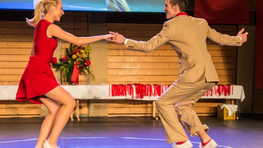 Die beiden Tänzer stellten im Anschluss ihren Sport vor...
