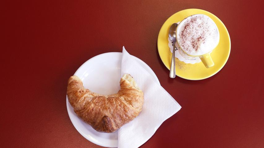 Sonstwo: Die Einwohner der Stadt Bamberg.  In Franken: Ein Croissant, das der Franke gern mal in den Morgenkaffee stippt, was durch die Hörnchen-Form umso einfacher wird. Aber auch eine Kartoffelsorte, die sich durch ihre kleine Größe und ungewöhnliche Form auszeichnet.
