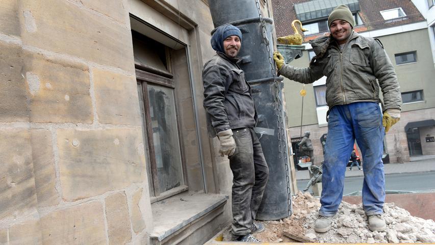 Das Traditions-Gasthaus am Grünen Markt soll zu neuem Leben erweckt werden. Die Sanierungsarbeiten sind in vollem Gange.