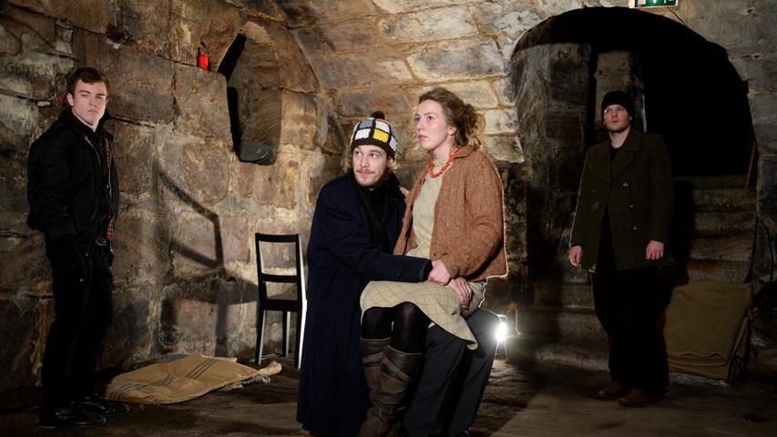 Das Junge Ensemble des Stadttheaters nutzt den Gewölbekeller derzeit für die Aufführung von Albert Camus´