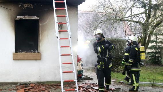 Feuerwehr-Einsatz: Wohnhaus brannte in Sachsen bei Ansbach