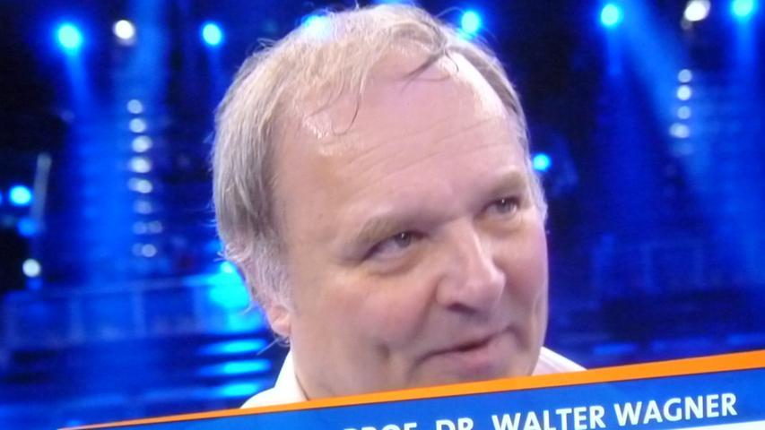 Ringarzt Walter Wagner war und ist bei den Fernsehübertragungen ein gefragter Interviewpartner.