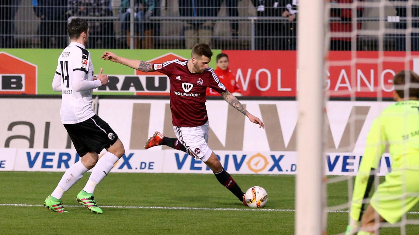 Gute Nachricht: Guido Burgstaller wird auch in der bald erneut beginnenden Zweitliga-Saison für den FCN ballern.