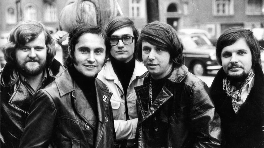 Improved Sound Limited aus Nürnberg wurde 1966 zur besten Beat Band Bayerns gewählt und machte sich später einen Namen mit Filmmusik für Wim Wenders und Michael Verhoeven.