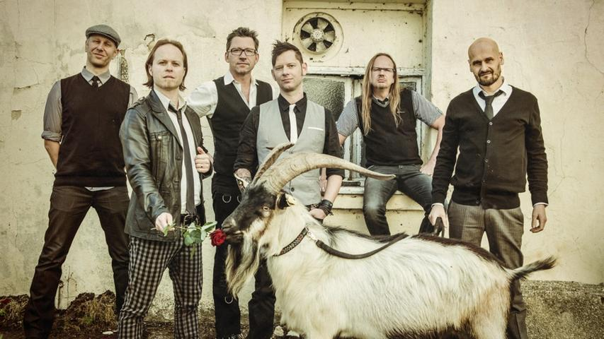 Die Erlanger Folk-Rock-Band Fiddler's Green feiert bundesweit große Konzerterfolge.