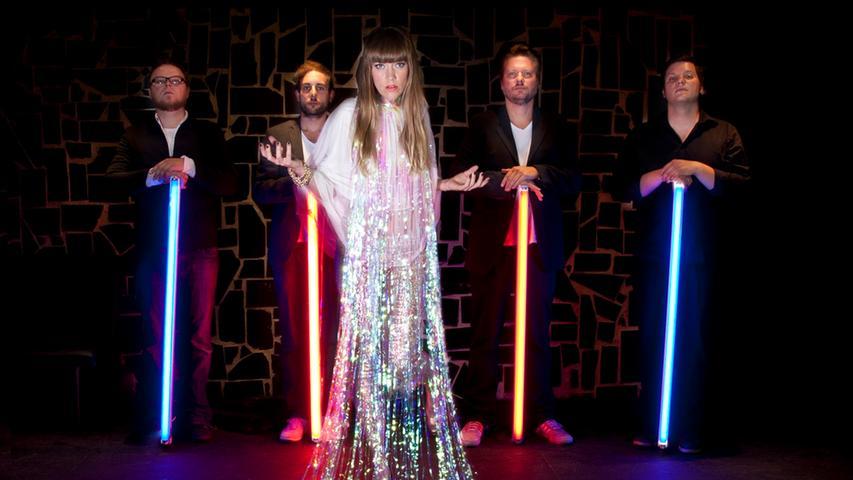 Zu den originellsten Rockbands Franken zählt die Nürnberger Gruppe Wrongkong mit der kanadischen Sängerin Cyrena Dunbar.
