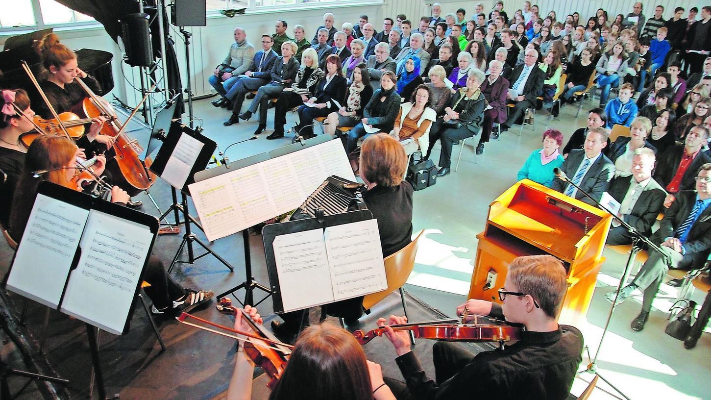Das Instrumentalensemble des HLG umrahmte die Festveranstaltung musikalisch.
