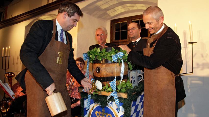 RESSORT: Lokales..DATUM: 15.03.16..FOTO: Michael Matejka ..MOTIV: Kaiserbock mit Söder im Rittersaal auf der Kaiserburg..ANZAHL: 1 von 15..