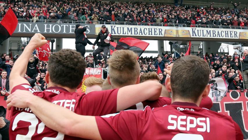 Furios, fantastisch, FCN! Der Club überrollt Leipzig
