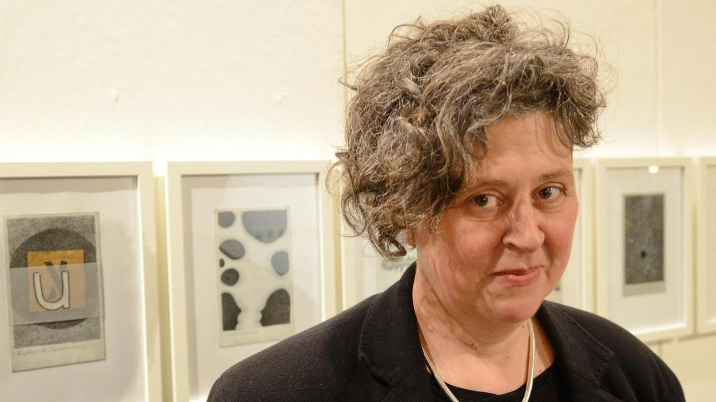 Verknappung und Eindringlichkeit kennzeichnen die Arbeiten der Künstlerin Susanne Böttger.