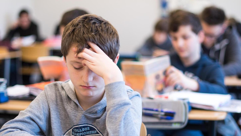 Davon träumen Jugendliche andernorts: Am Gymnasium Alsdorf bei Aachen können Schüler je nach Neigung früher oder später anfangen.