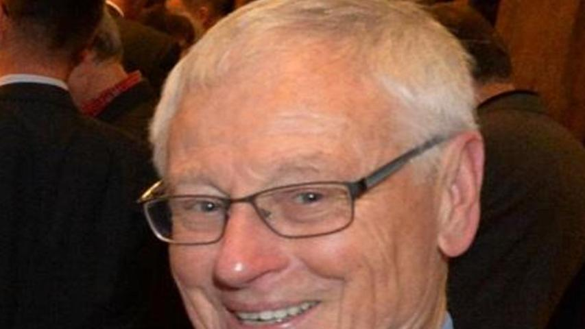 Martin Böller, seit 1991 geschäftsführender Gesellschafter der Karl-Heinz-Hiersemann-Gesellschaft und dabei ideenreicher Initiator zahlreicher Veranstaltungen mit Spitzenkräften aus Wirtschaft, Politik, Medien und Sport, feiert am 13. April seinen 75. Geburtstag