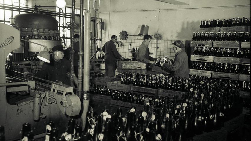 1861 wurde das aufgrund von Modernisierungen und Exportorientierung florierende Unternehmen Henninger Reifbräu an den Tuchgroßhändler Wilhelm Helbig verkauft. Mit Investitionen in moderne Brautechnik, Geländezukäufen bis zur Bahnlinie wurde die führende Stelle unter den Erlanger Exportbrauereien gefestigt. Die beiden Weltkriege trafen die Kapitalgesellschaft (seit 1904), die 1906 mit der Reifbrauerei fusionierte, aufgrund der Exportorientierung besonders hart.