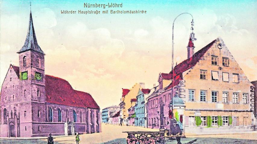 Zwei Mal abgebrannt - 1552 im Markgrafenkrieg und im August 1943 - war und ist die Kirche St. Bartholomäus bis heute der Fixpunkt von Wöhrd. Auch auf dieser kolorierten Ansichtskarte von 1900, die außerdem die Wöhrder Hauptstraße zeigt.