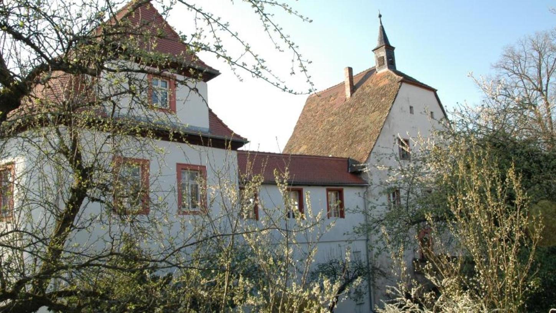 In einer Zeit, als die religiösen Spannungen groß waren, haben evangelische Christen im Schloss in Plankenfels Gottesdienste abgehalten. Wegen baulicher Mängel ist die Nutzung des Betsaals derzeit nicht möglich.