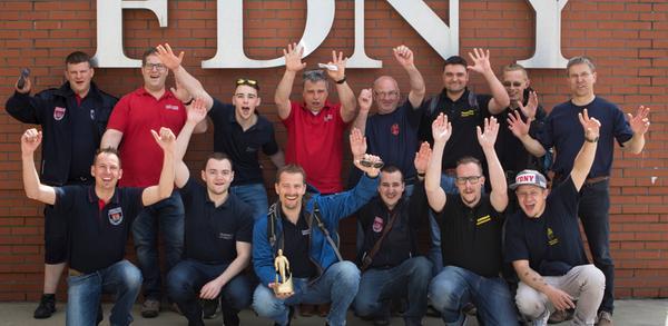 14 fränkische Feuerwehrler bei Feuerwehr-Oscar in New York