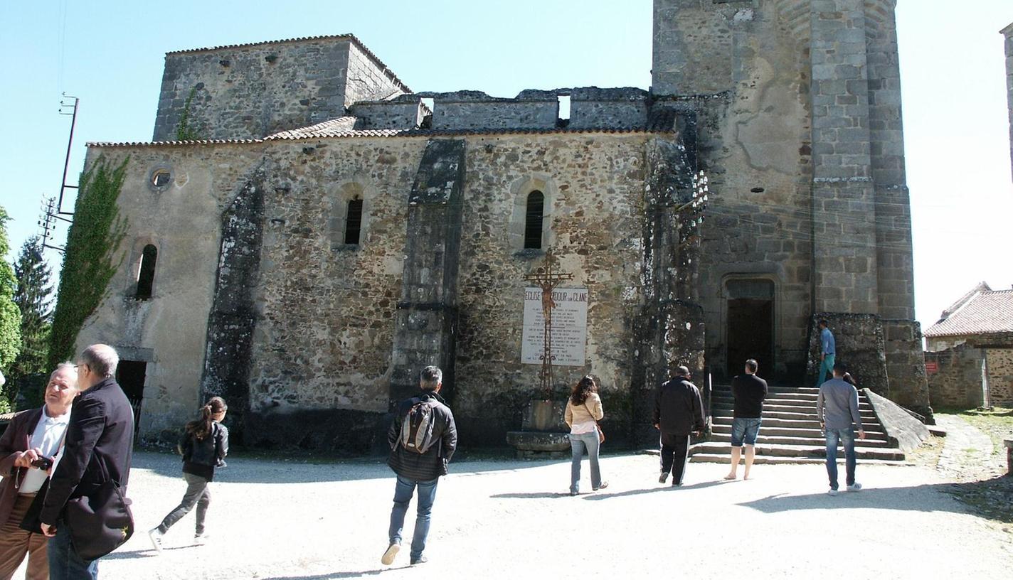 Die Ruine der Kirche in Oradour-sur-Glane dient heute als Mahnmal.