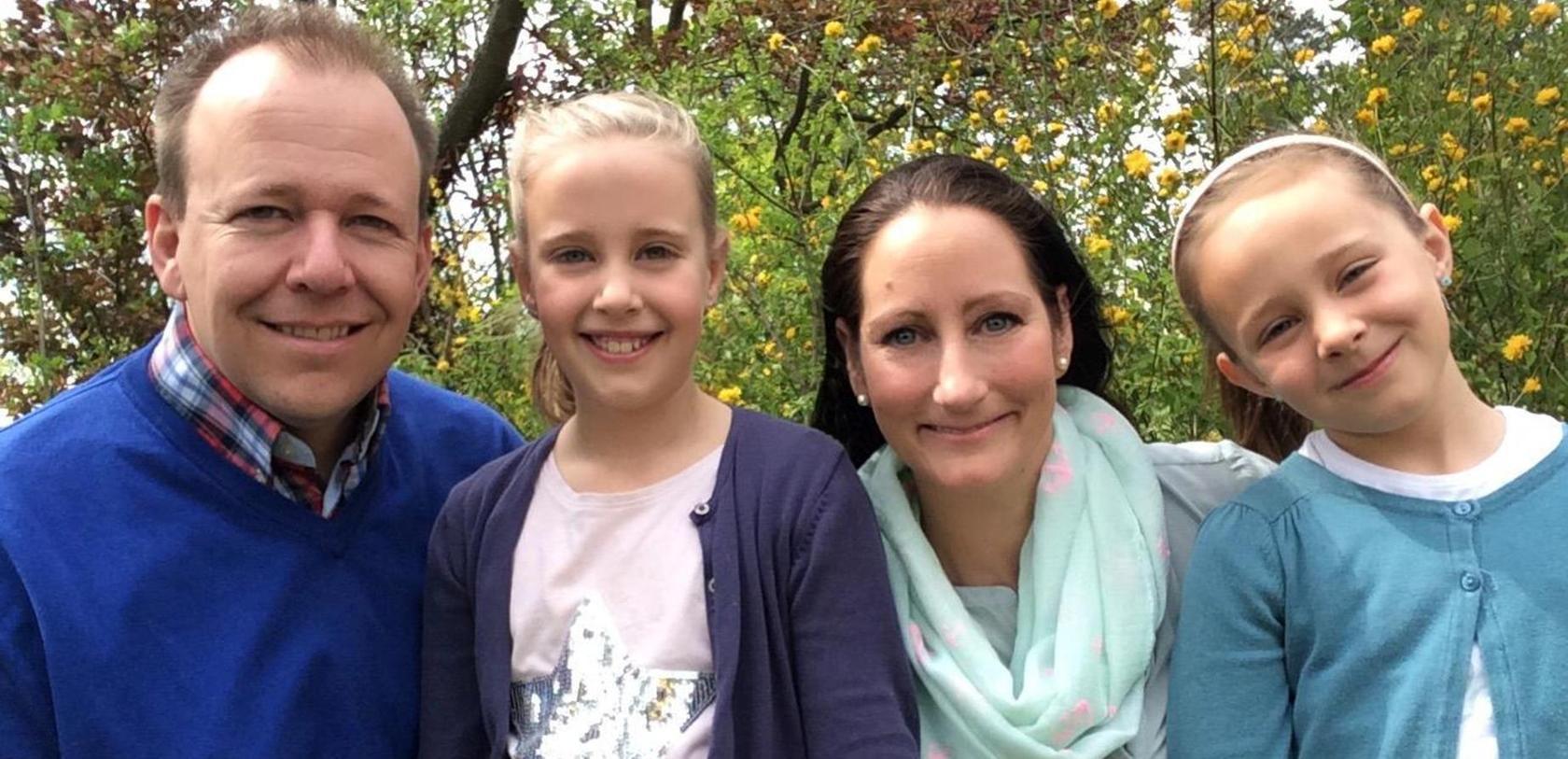 Daniel, Laura, Anna und Julia Feuerstein (v. li.) sind begeistert von der Ferienbetreuung des Fürther Bündnisses für Familien.