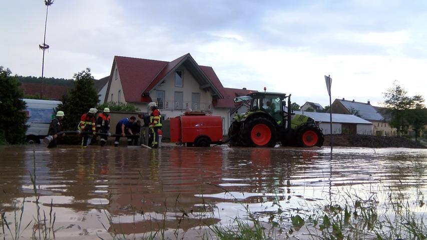 Insgesamt rückten 15 Feuerwehren zu mindestens 15 Einsätzen aus.