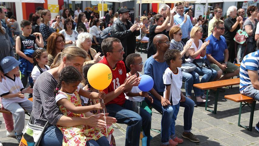 Muggeley-Fest in der Wandererstraße in Nürnberg..Foto: (c) RALF RÖDEL / NN