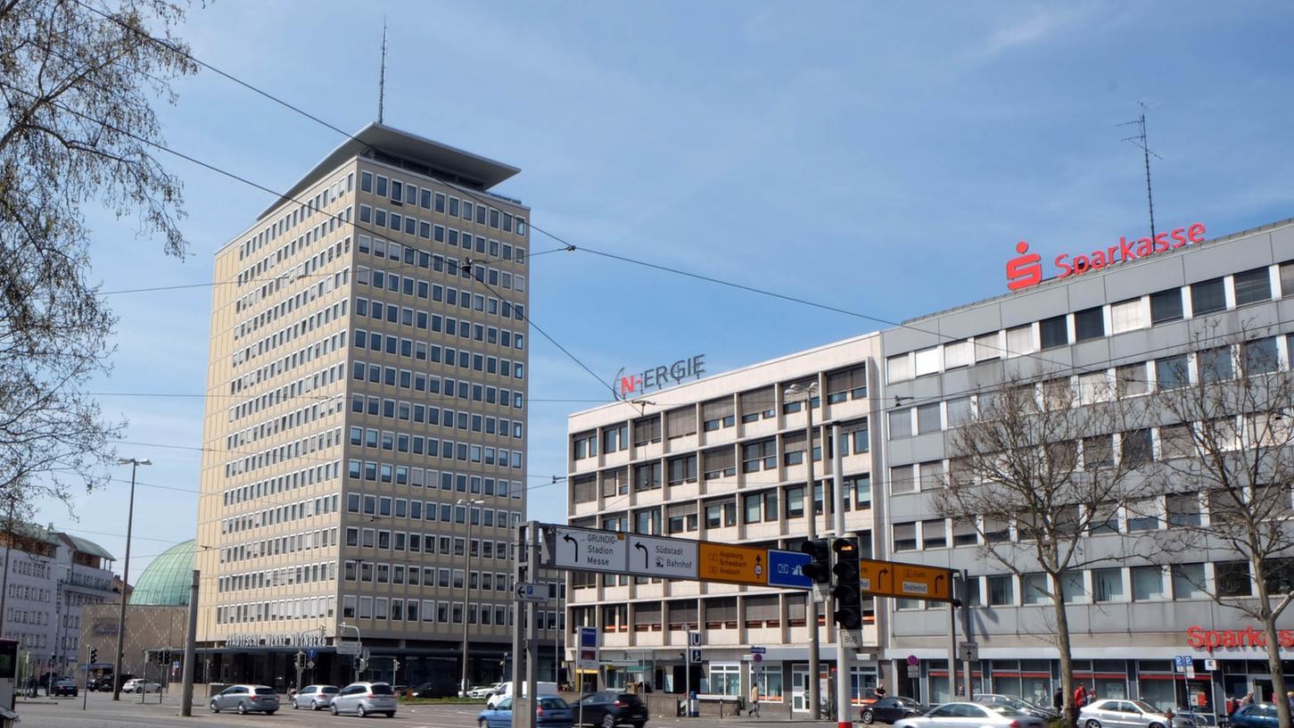 Gilt als ein wichtiges Symbol des Wiederaufbaus: Das Plärrer-Hochhaus wurde 1953 gebaut und steht unter Denkmalschutz.