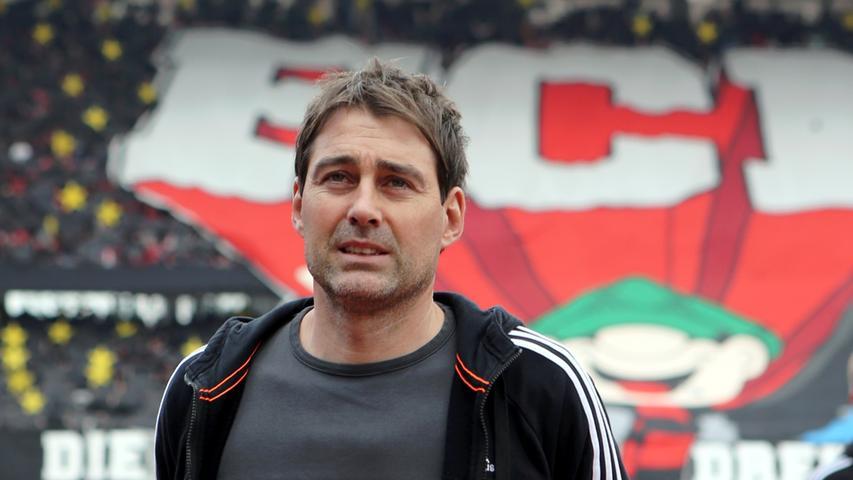Nach nur eineinhalb Jahren als Trainer beim Club ist es nun fix: Rene Weiler geht nach Anderlecht. Am 19. Juni vermeldete Sportvorstand Bornemann, dass man mit dem RSC Anderlecht eine