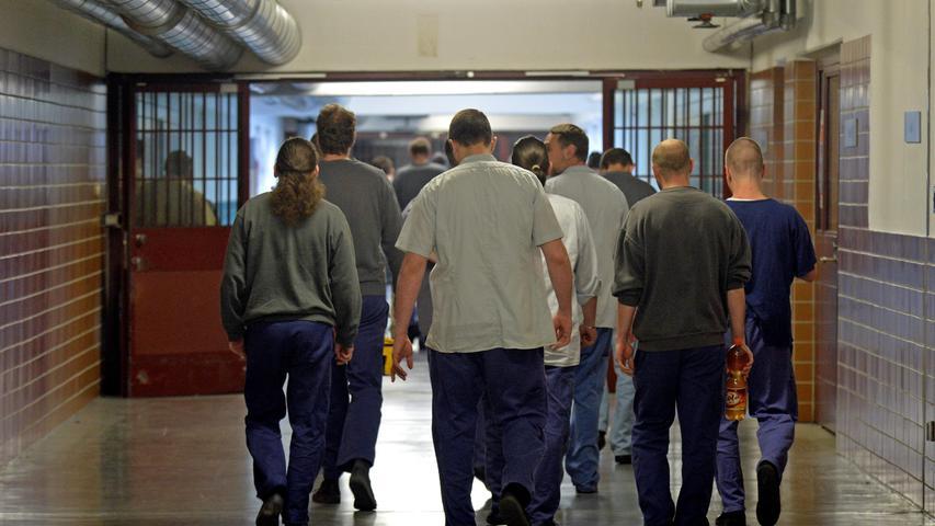 Wer diesen Weg gehen muss, hat seine Freiheit verloren: Ein unterirdisches Tunnelsystem verbindet Gefängnis und Gericht in Nürnberg.