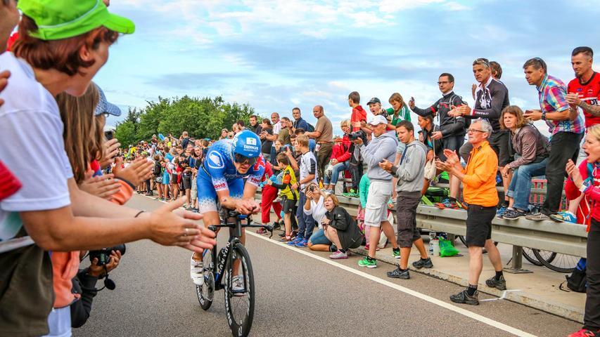 23. Jedes Jahr blickt die ganze Sportwelt einmal auf Roth im Süden Mittelfrankens - wenn Triathleten von überall her zum Challenge antreten und sich den Solarer Berg hoch plagen.