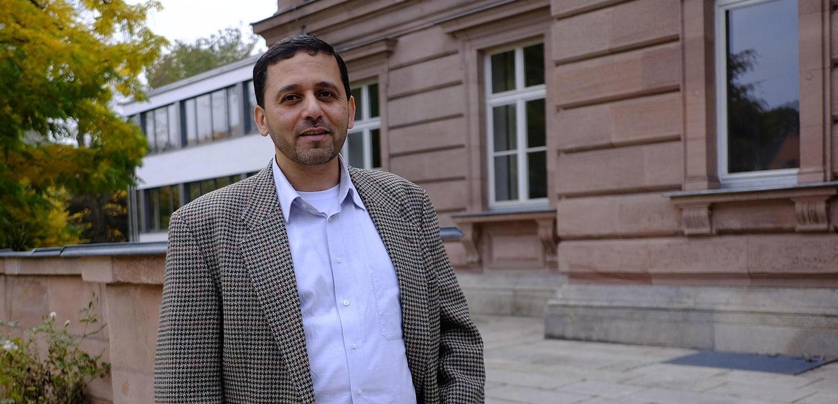 Professor Tarek Badawia unterrichtet an der Universität Erlangen-Nürnberg islamische Religionslehre.