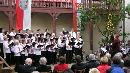 Der gastgebende Chor Harmonie Neuhaus.