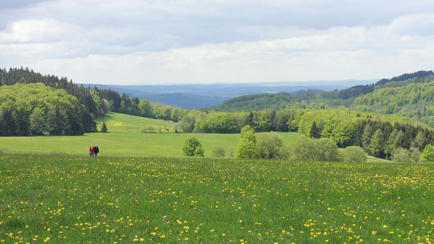 Der Hochrhöner ist als Premiumweg zertifiziert und verbindet die Höhepunkte im UNESCO-Biosphärenreservat Rhön zwischen Bad Kissingen und Bad Salzungen.