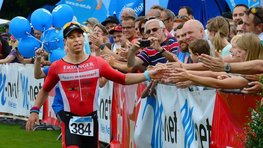 Rund 800 Teilnehmerinnen und Teilnehmer sind beim Erlanger M-net Triathlon des TV1848 Erlangen dabei gewesen. Sebastian Bleisteiner..Foto: Klaus-Dieter Schreiter.
