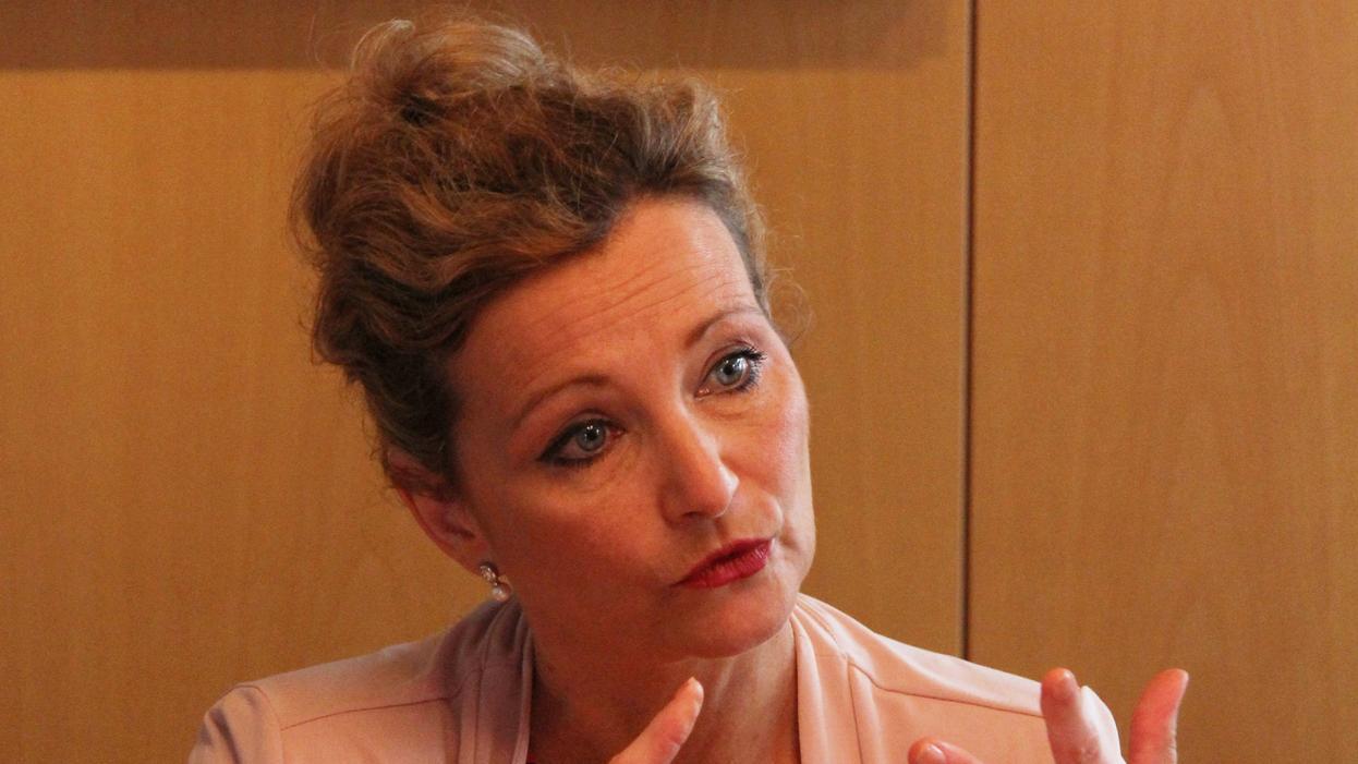 Prof. Petra Bendel ist eine der besten Kennerinnen zum Thema Migration in Deutschland. An der Friedrich-Alexander-Universität Erlangen-Nürnberg (FAU) leitet die 52-jährige Politikwissenschaftlerin seit 1997 das interdisziplinäre Zentralinstitut für Regionenforschung.