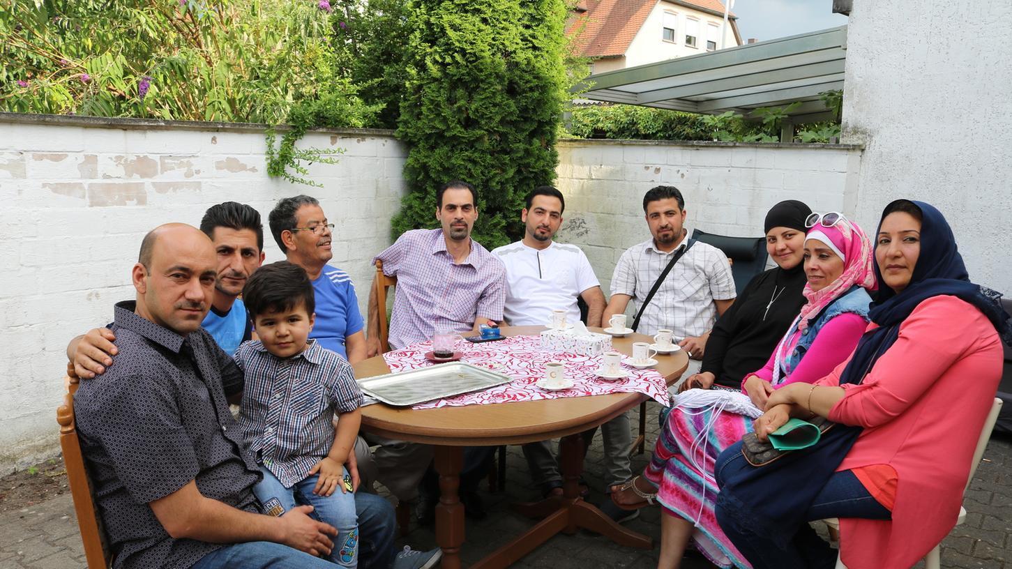 Die Anschläge von Würzburg, München und Ansbach beunruhigen auch die in Bad  Windsheim und Obernzenn lebenden Flüchtlinge. Doch ihre ehrenamtlichen Betreuer  sprechen ihnen Mut zu.