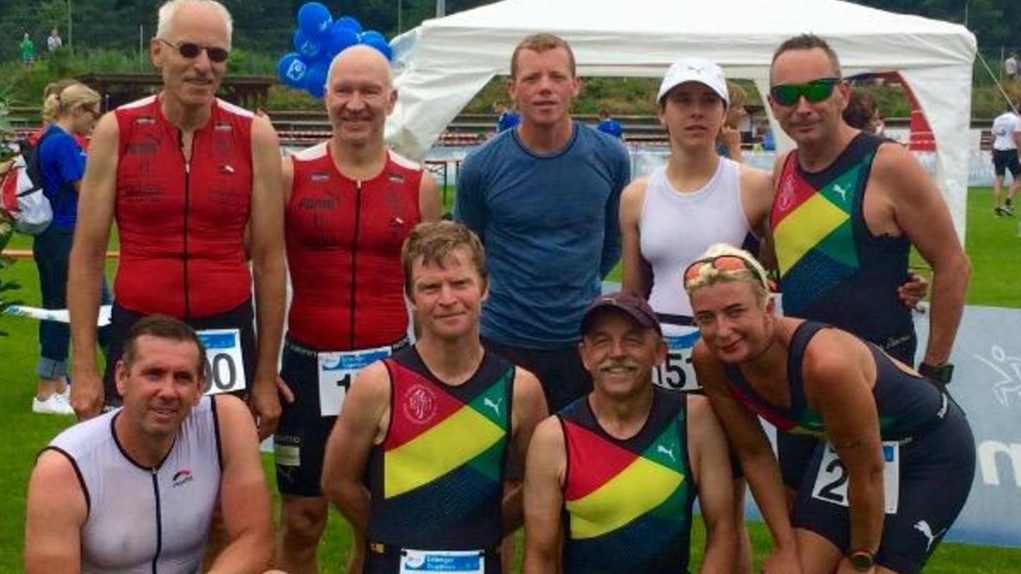 In traditionell starker Besetzung gingen zehn Triathleten der TS Herzogenaurach in Erlangen an den Start.