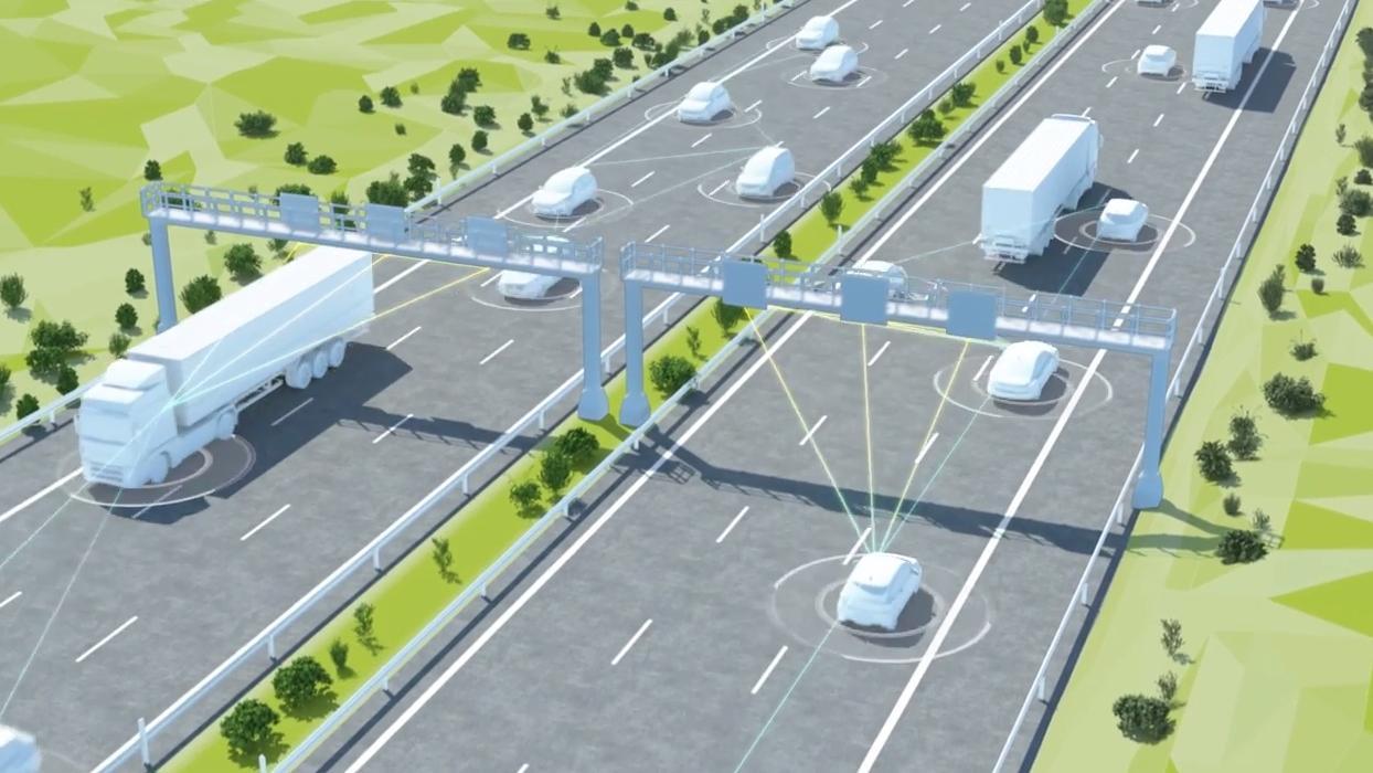Gleich mehrere Sensoren sollen mit den Fahrzeugen auf der Straße kommunizieren. Entwickelt wird das System unter anderem von Siemens.