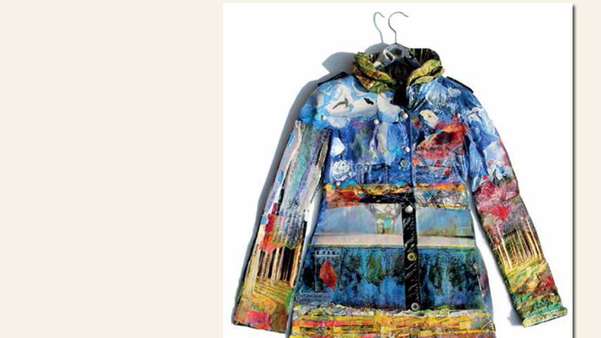 geb. 1974 in Nürnberg lebt in Puschendorf Gefilterte Reibung (2015) 88 x 100 cm Collage auf Trenchcoat