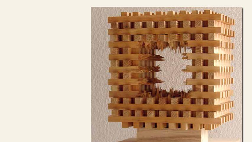 geb. 1966 in Fechenbach lebt in Abenberg Kubus V (2014) 36 x 36 x 25 cm Robinie gesägt, gebrochen