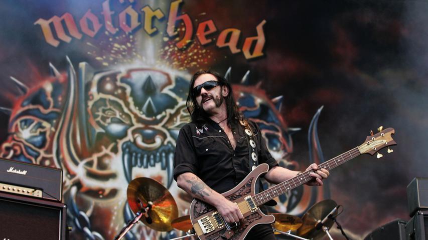 Lemmy Kilmister war der Frontsänger der Rockband Motörhead. Nach ihm benannt wurde auch die Musikdokumentation über ihn und seine Gruppe.